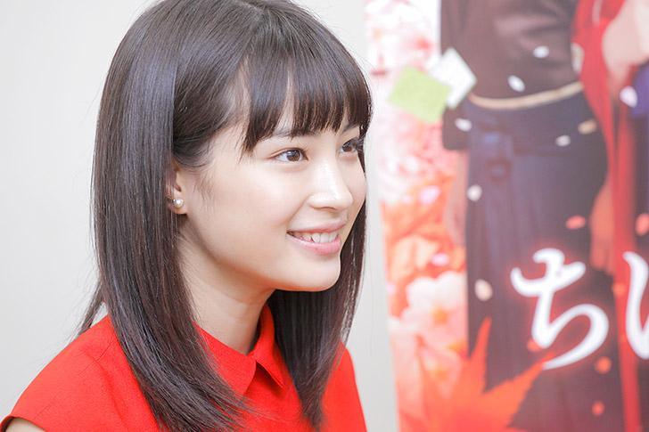 笑顔が可愛い!女優広瀬すずさんの彼氏や好きなタイプとは?のサムネイル画像