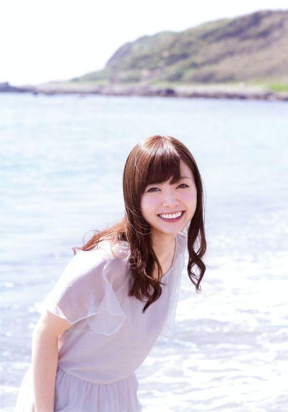 絶対に手に入れたい!乃木坂46・白石麻衣さんの大人気グッズまとめのサムネイル画像