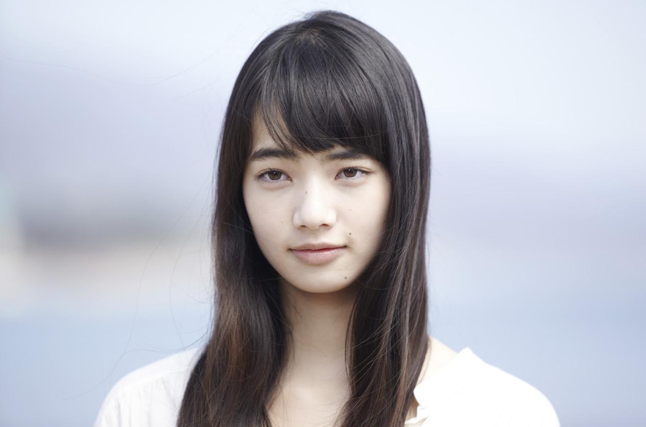 高校時代から可愛かった小松菜奈さんの出身高校ってどこなの?のサムネイル画像