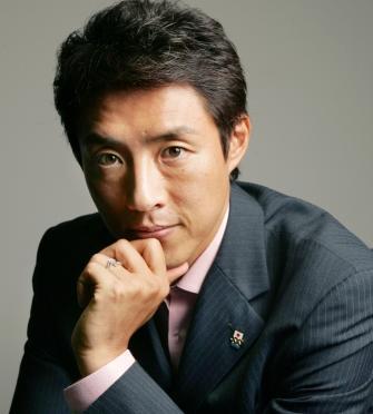 テニスプレーヤーの中で松岡修造さんの身長は大きい方なのかなぁ!?のサムネイル画像