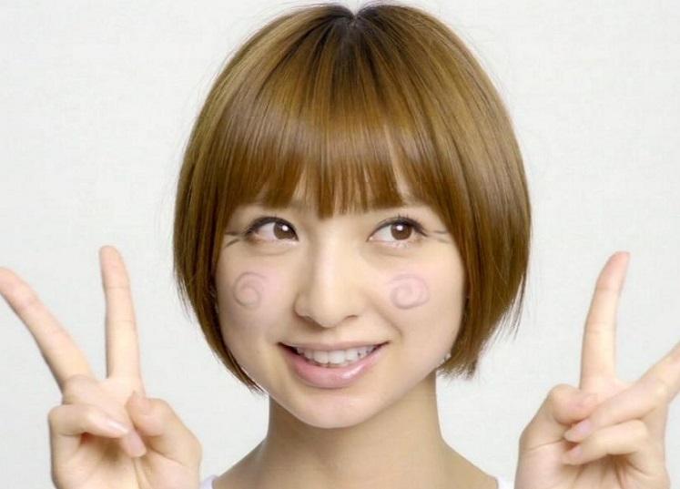 おしゃれキャラ崩壊?篠田麻里子の過激な水着写真を集めました!!のサムネイル画像