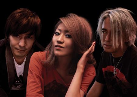 【globe】KEIKOが復帰するかも?!小室哲哉が20週年記念ソング作成のサムネイル画像