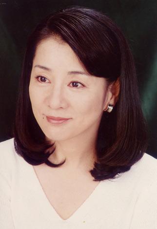 衰えることのない若々しさと美しさ!年齢70歳の大女優吉永小百合さんのサムネイル画像