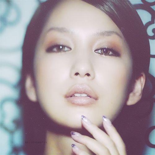 【男前メイク】アンニュイな中島美嘉さん大人パンキッシュメイクのサムネイル画像