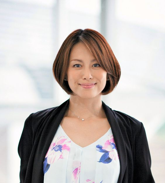 米倉涼子のヘアスタイルで出来る女をアピールしたい人全員集合!のサムネイル画像