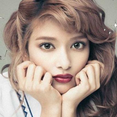 日本の人気女性モデル!ハーフモデルや世代別人気ランキング!のサムネイル画像