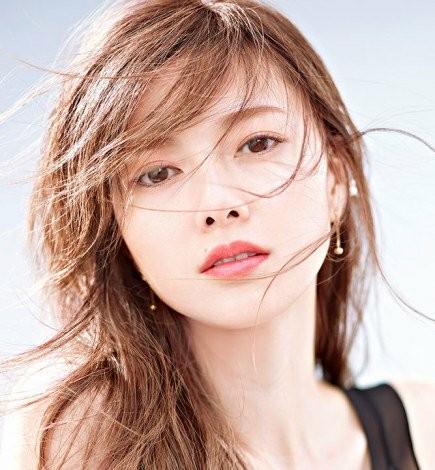あのアイドルに女優も!資生堂「マキアージュ」「ツバキ」cmのサムネイル画像