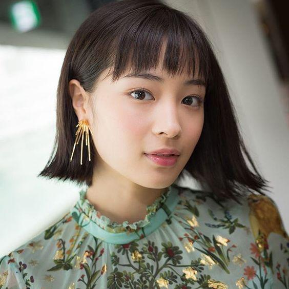 ショートが素敵!大人気女優・広瀬すずさんの最新ヘアスタイルは!?のサムネイル画像