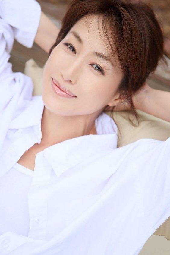 高島礼子の髪型は艶っぽくて色っぽいことをご存知でしょうか?のサムネイル画像