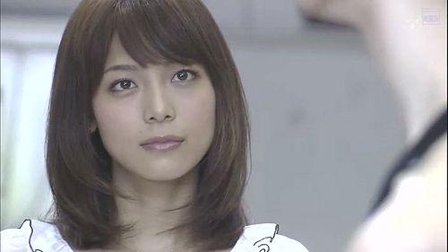 【相武紗季】姉・宝塚スターの音花ゆりと2ショットを公開!美人姉妹のサムネイル画像