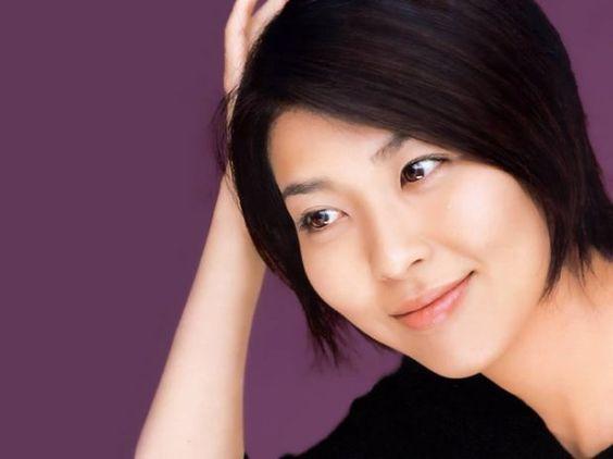 山崎パンのcmに長年出演している女優松たか子の魅力!!懐かしい映像ものサムネイル画像