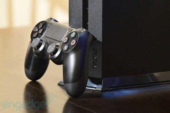 【スッキリ!】PS4を掃除して故障などを防いで、快適に遊ぼう!のサムネイル画像