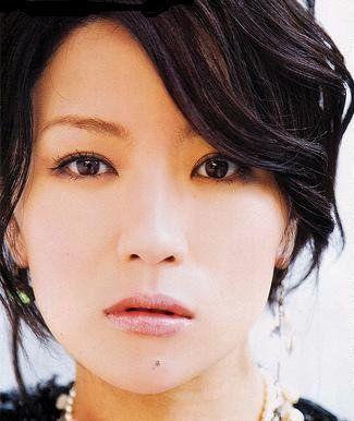 椎名林檎が日本サッカーの為に歌ったnippon!歌詞は本当に右寄り?のサムネイル画像