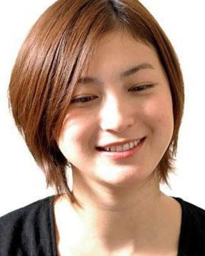 気になる!広末涼子さんの身長と体重の変化を出演作と共に振り返る。のサムネイル画像
