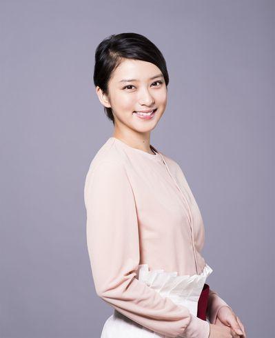 洋服の青山のCMと言えばこの人!人気女優の武井咲がかわいい!のサムネイル画像