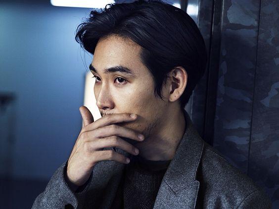 二世俳優だけじゃない魅力!演技が光る松田龍平の出演ドラマ作品のサムネイル画像