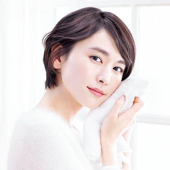 <恋人にしたい女性ランキング1位>女優・新垣結衣の雪肌精cm♩のサムネイル画像