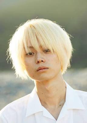 若い女性に大人気の若手俳優!菅田将暉さんの出演CMをご紹介します!のサムネイル画像
