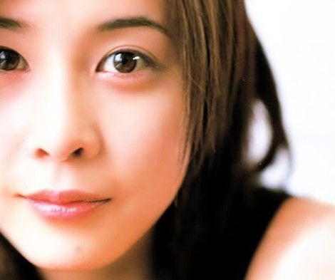 不動の人気女優・竹内結子さんのおすすめドラマ一覧をご紹介!のサムネイル画像