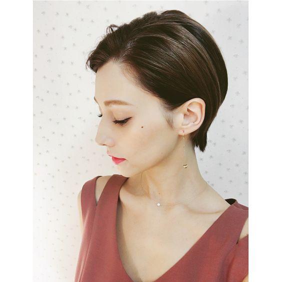 """モデル・ダレノガレ明美の""""ショートヘア""""が可愛い!と話題!のサムネイル画像"""
