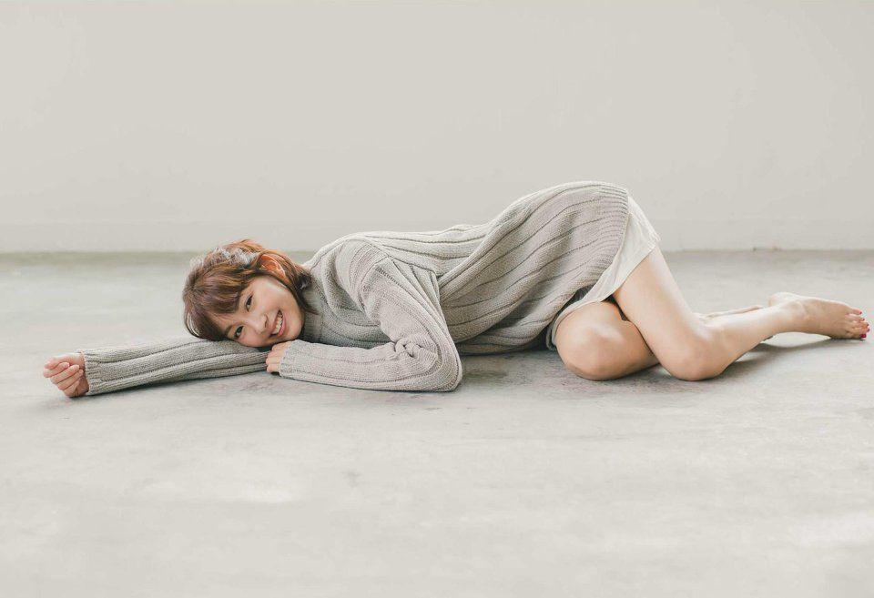 人気女優石橋杏奈さんの最新写真集『Clarity』が気になったので…のサムネイル画像