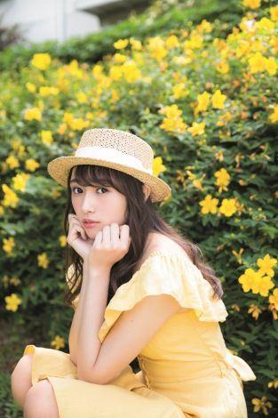 欅坂46イチのビジュアルメンバー渡辺梨加の写真集がついに発売!!のサムネイル画像