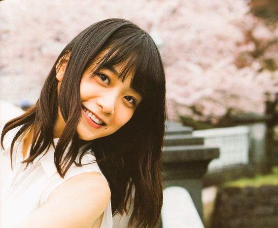 アイドルグループ乃木坂46元リーダー深川麻衣さんが進む女優への道のサムネイル画像