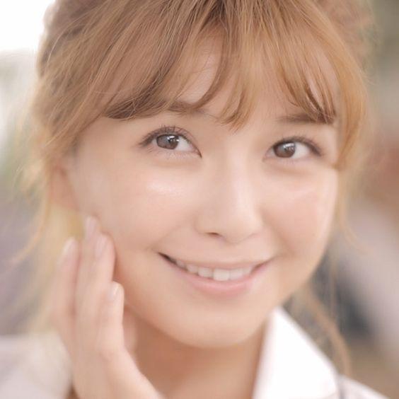 2018年3月1日発売。AAA宇野美佐子の大人の色気が満載な写真集。のサムネイル画像