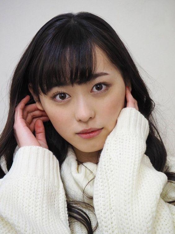 【速報】人気若手女優「福原遥」のフォトブックが発売決定!のサムネイル画像