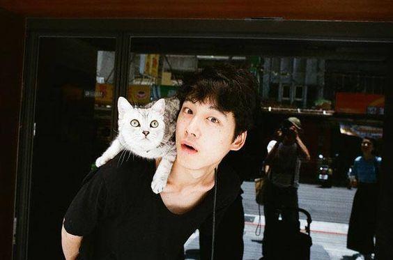 塩顔イケメン坂口健太郎のファースト写真集『25.6」が3月16日発売!のサムネイル画像