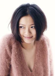 健康的美女、榮倉奈々。そのナチュラルなメイク方法を知りたい!のサムネイル画像