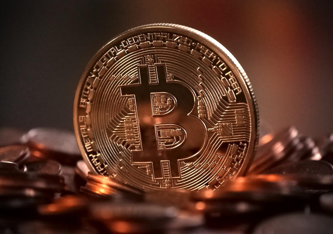 芸能人と仮想通貨。ビットコイン等を持っている芸能人をご紹介!のサムネイル画像