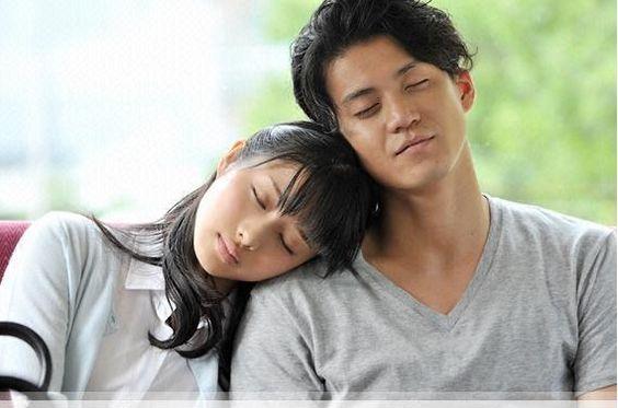 小栗旬主演月9ドラマのmiwaが歌う主題歌「ヒカリヘ」が素敵!のサムネイル画像