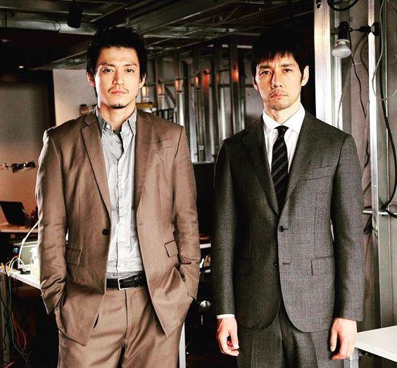 クライシスで小栗旬と西島秀俊が着ているスーツのブランドは?のサムネイル画像
