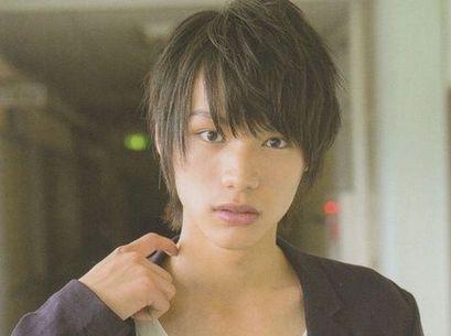 あの人気俳優福士蒼汰さんのコンプレックスはひげが生えないこと!?のサムネイル画像