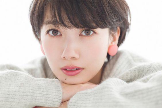 ショートヘアの似合う女優・波瑠さん!ロングヘアの時代もあった?のサムネイル画像