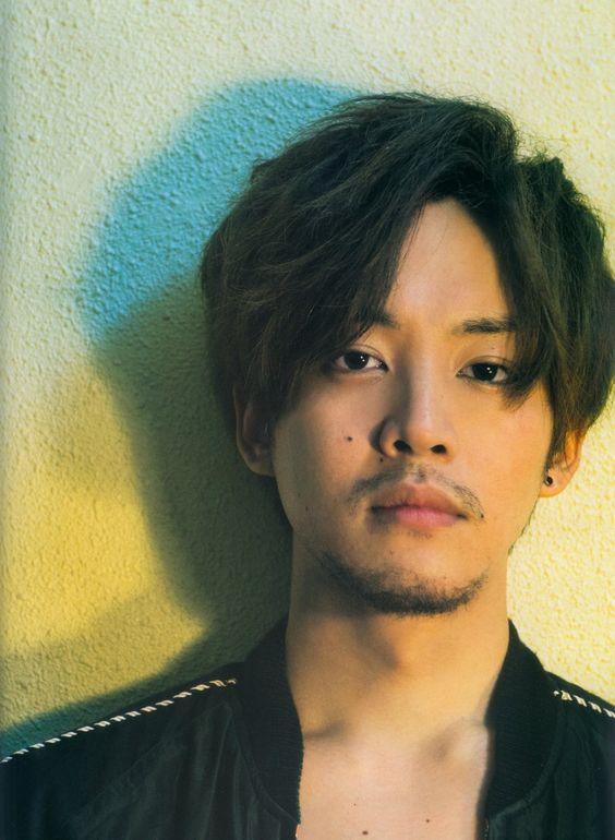 戦隊ヒーローからマルチ俳優へと成長した松坂桃李の映画紹介のサムネイル画像