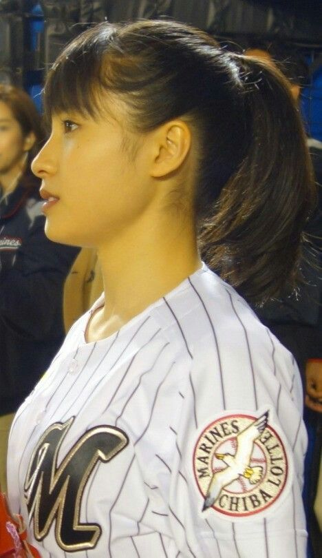 スポーツ万能の土屋太鳳さんの魅力を探っていきたいと思います。のサムネイル画像