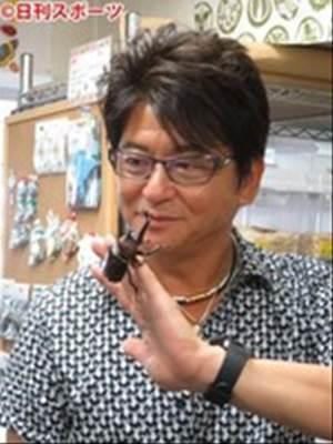 【哀川翔】ペットのカブトムシがなんと世界最大に!ギネス申請?!のサムネイル画像
