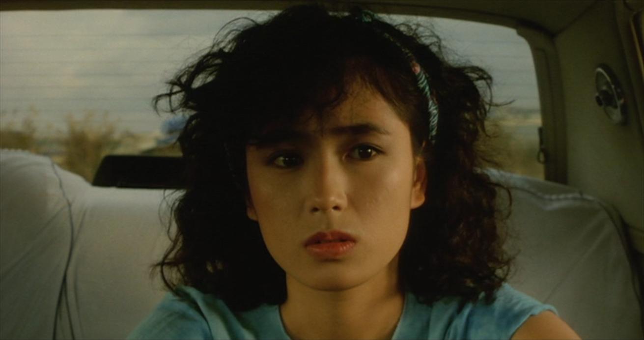 【不思議系女優】藤谷美和子の現在は精神疾患ではないかという噂のサムネイル画像