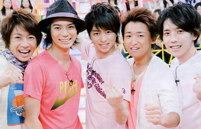 嵐 ハワイでの15周年記念公演!!メンバー5人の強い絆!!のサムネイル画像