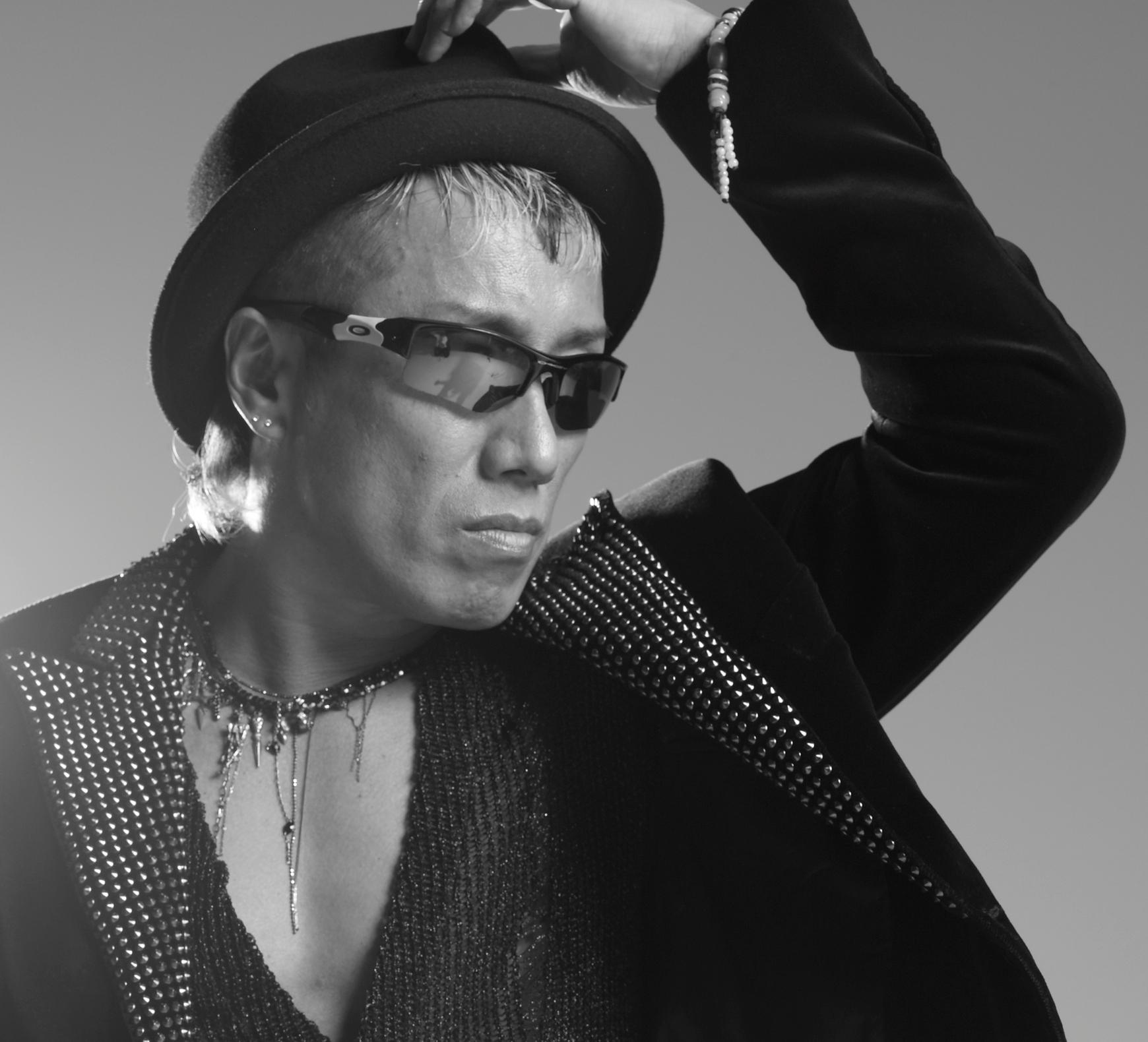 シンガーソングライター長渕剛!力強いライブの魅力と伝説の数々のサムネイル画像