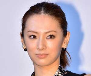 北川景子が出演の映画「HERO」が近日公開!ファッションにも注目。のサムネイル画像