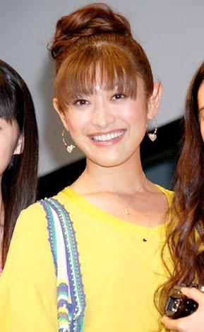 【比較画像あり】山田優と西山茉希が似ている!?二人共可愛すぎる!のサムネイル画像