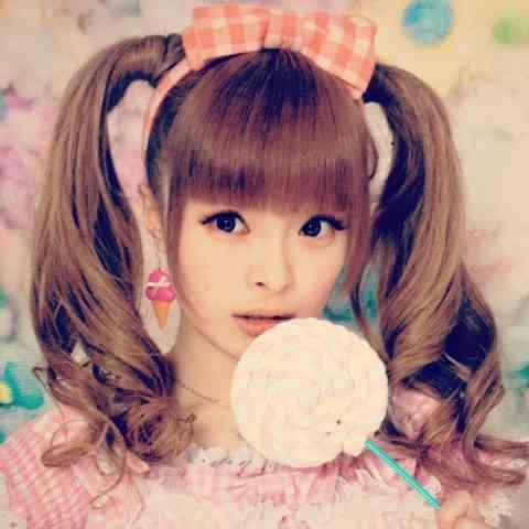 個性溢れる魅力全開!きゃりーぱみゅぱみゅ♡人気の曲をピックアップ!のサムネイル画像