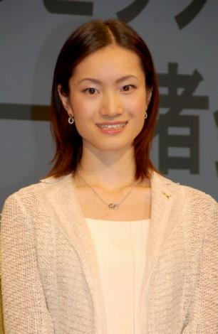 荒川静香さんが妊娠。元気な女の子を出産してママになりました☆のサムネイル画像