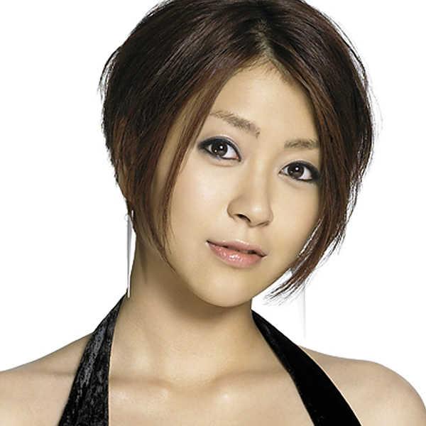 美声の持ち主で大人気の歌手!宇多田ヒカルの人気アルバムはこれだ!のサムネイル画像