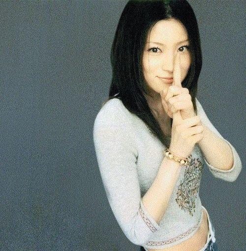 椎名林檎のセルフカバーアルバムが素敵!やっぱり椎名林檎は唯一無二のサムネイル画像