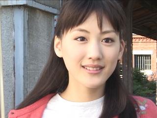 綾瀬はるか出演映画が面白い!撮影裏話から最新映画情報までご紹介!のサムネイル画像