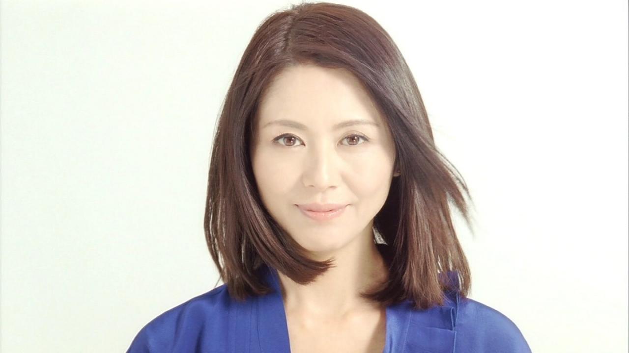 キョンキョンこと小泉今日子の身長を色々な人と比べてみた!!のサムネイル画像
